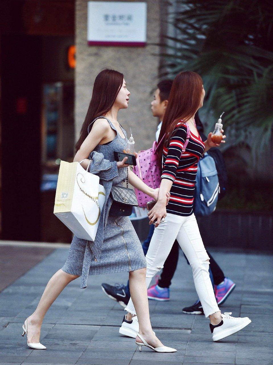 street photography, fashion girl, china